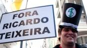 Ato em Porto Alegre pede a saída de Ricardo Teixeira