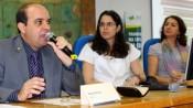 (a partir da esq.) Mauro Kosis (CGU), Angélica Rocha (Instituto Ethos) e Elda Mariza Valim (ONG Moral), durante o Seminário Transparência na Copa em Cuiabá: Como está esse Jogo? Foto: CREA-MT/Divulgação