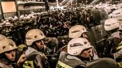 Em ato contra a Copa em São Paulo, cerca de 50 manifestantes são cercados por policiais. Dentre as pautas estava a exigência de 10% do PIB para educação, a valorização dos professores e garantia de vagas públicas para nas creches e universidade. Foto: Mídia Ninja